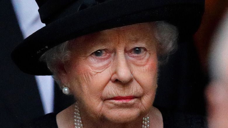 葬儀でのエリザベス2世女王