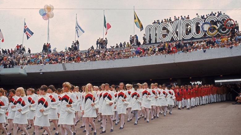 1968年のオリンピック開会式