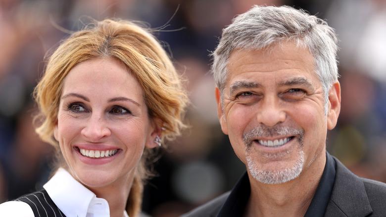 ジュリア・ロバーツとジョージ・クルーニーの笑顔