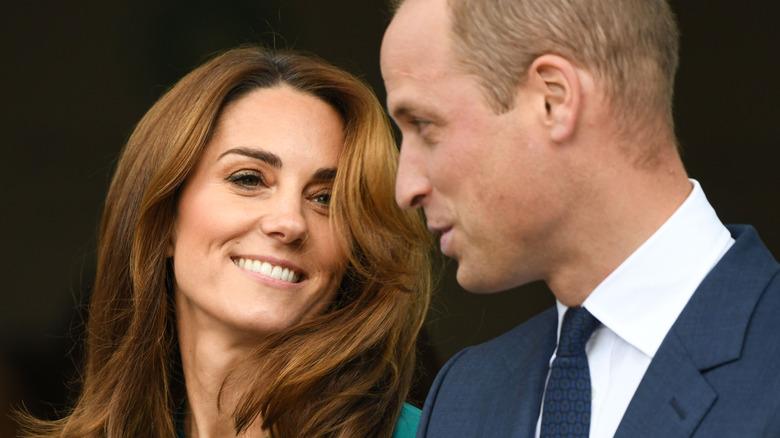 ケイトミドルトンとウィリアム王子の笑顔と話