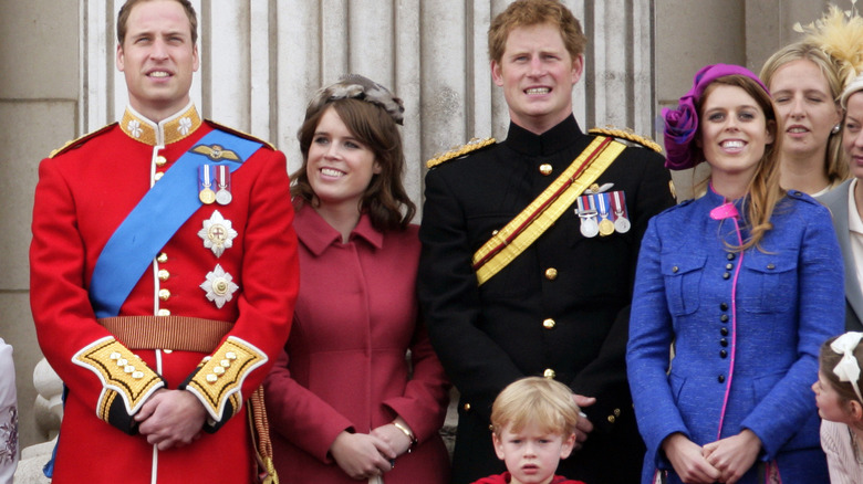ユージェニー王女とベアトリスといとこのウィリアム王子とハリー王子