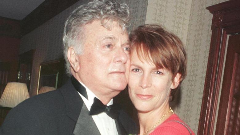 1998年のトニーとジェイミー・リー・カーティス。
